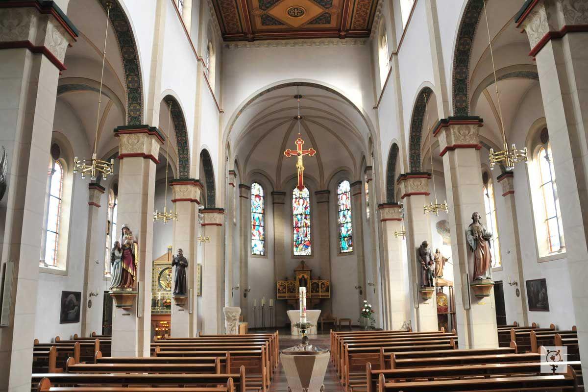 Katholische Kirche Neumünster